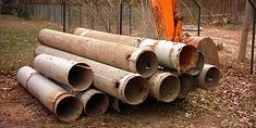 Ausgebaute Filterrohre nach Brunnenrückbau